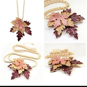 🍁 Stunning Maple Leaf Fall Pendant Necklace